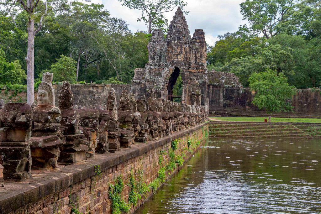 Exploring Angkor Wat Temple Complex in Cambodia 06