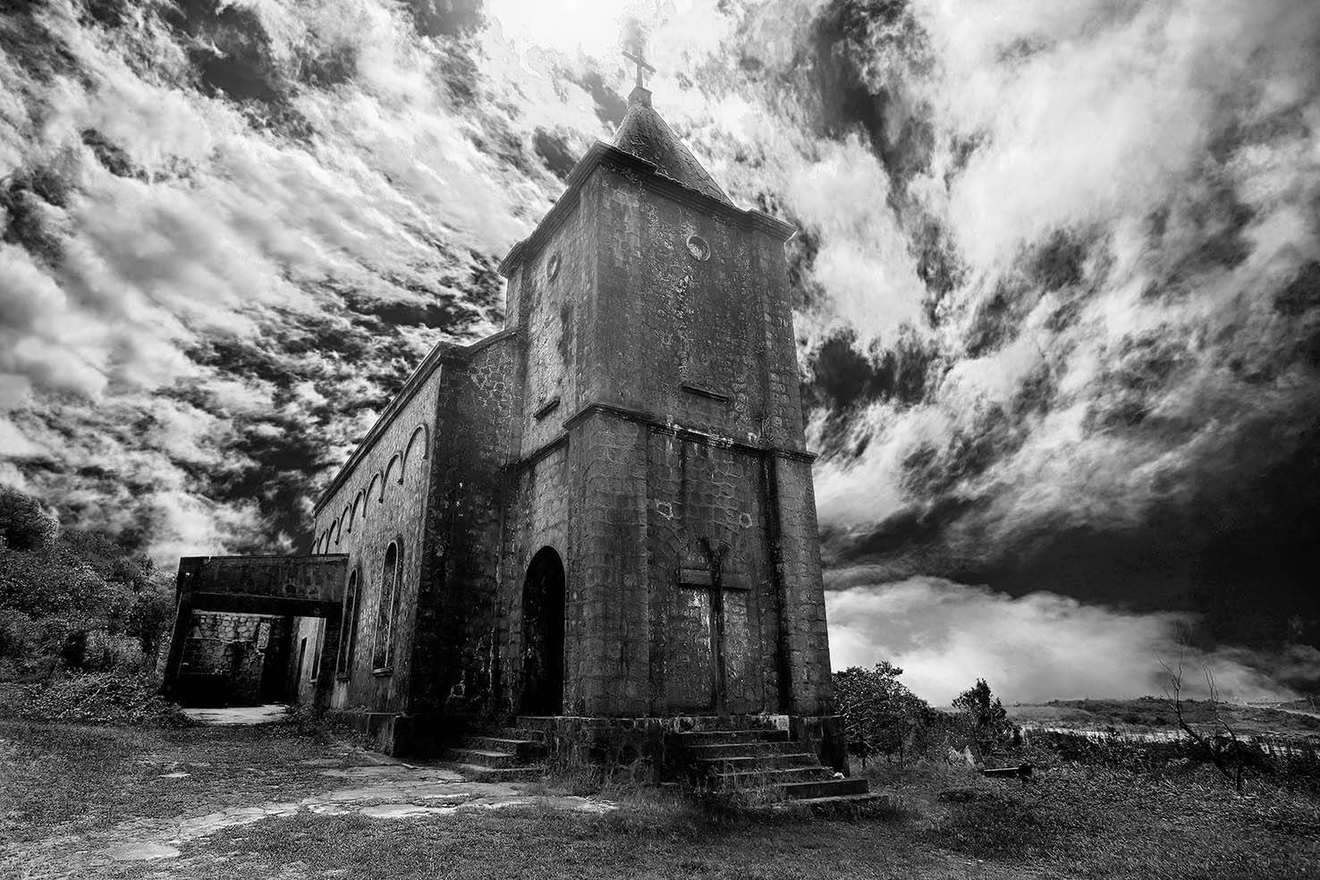 Bokor Hill Station Old Church 04