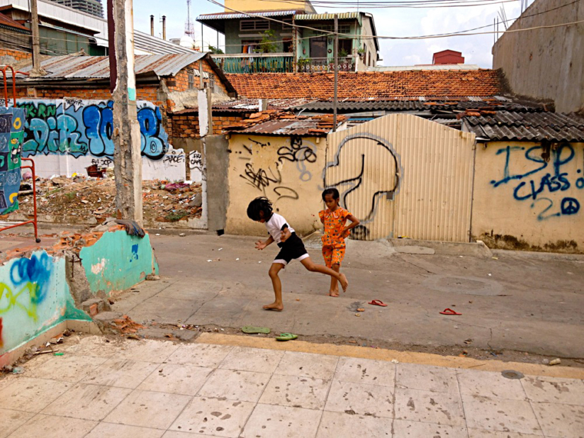 Cambodian Moments Kids playing