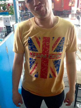 London T-shirt Cambodian moments